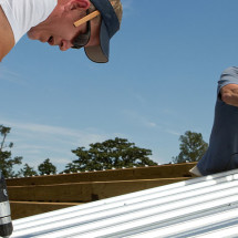 Metal Roof Pros & Cons in Michigan – Should You Choose a Metal Roof?