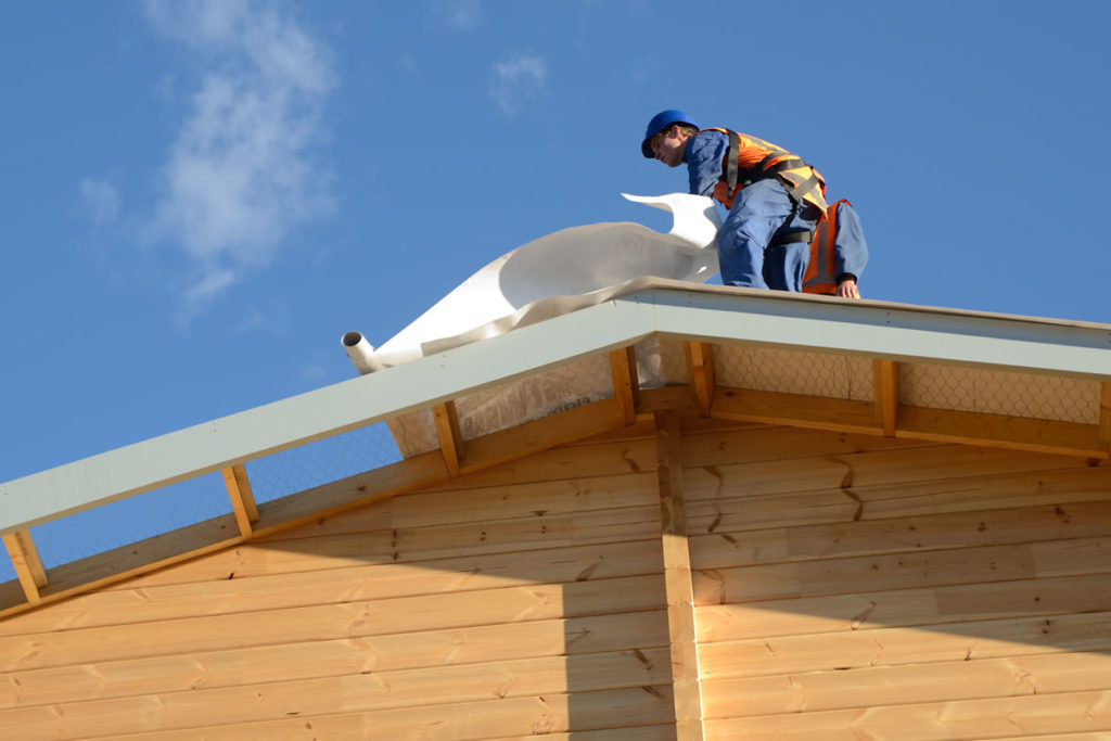 Things You Need to Know Before Hiring a Michigan Roofing Contractor