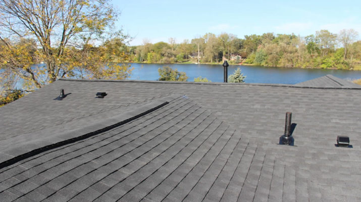 Roofer in Walled Lake MI