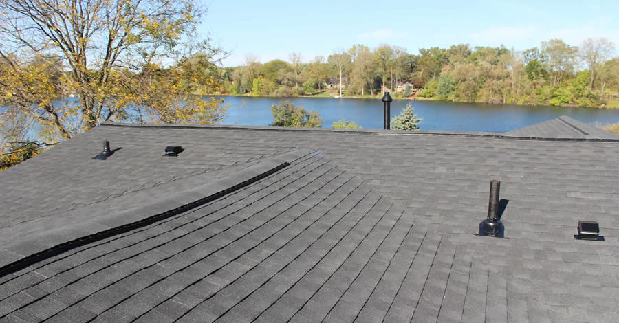 Tips for Choosing the Best Roofing Contractor in Walled Lake Michigan