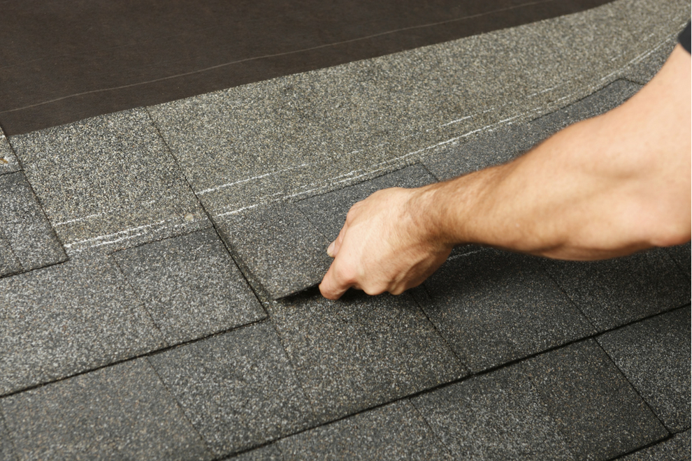 Is Your Shingle Roofing in Royal Oak Michigan Failing? Don't Miss These Signs
