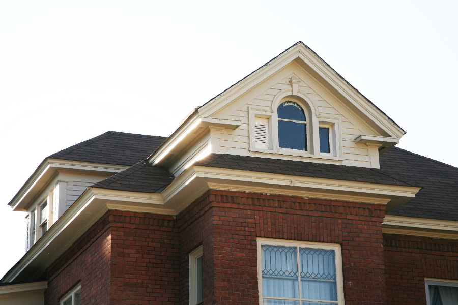 How Do You Choose The Right Roofing Contractor in Southgate Michigan?